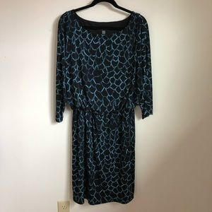 Black and Blue 3/4 Sleeve Dress